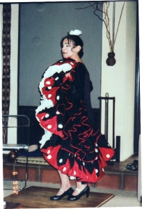 inesita-dancing-in-a-lecture-performance-in-2002-544x800